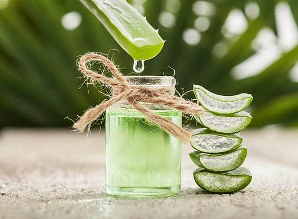 application creme aloe vera anti acné