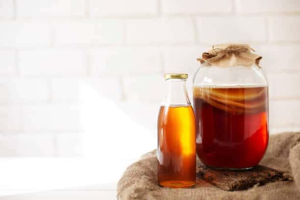 kombucha fermentation de thé sucre et fruits santé danger