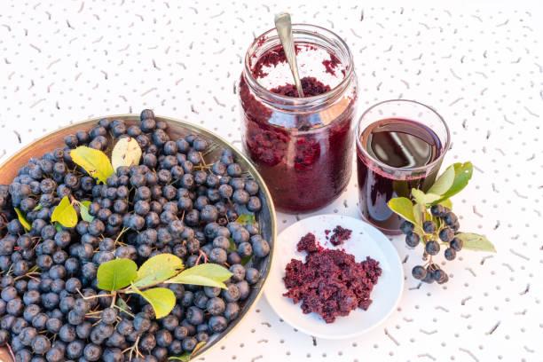 jus d'aronia bienfaits santé baie noire vitamine