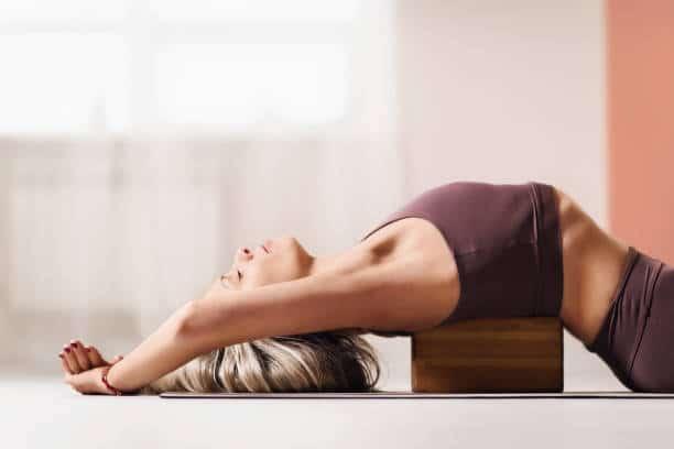 asana power yoga ashtanga yoga débutant exercice