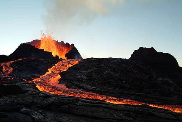 magma volcan pierre de lave formation naturelle