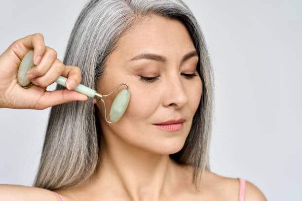 pierre de jade rouleau massage visage