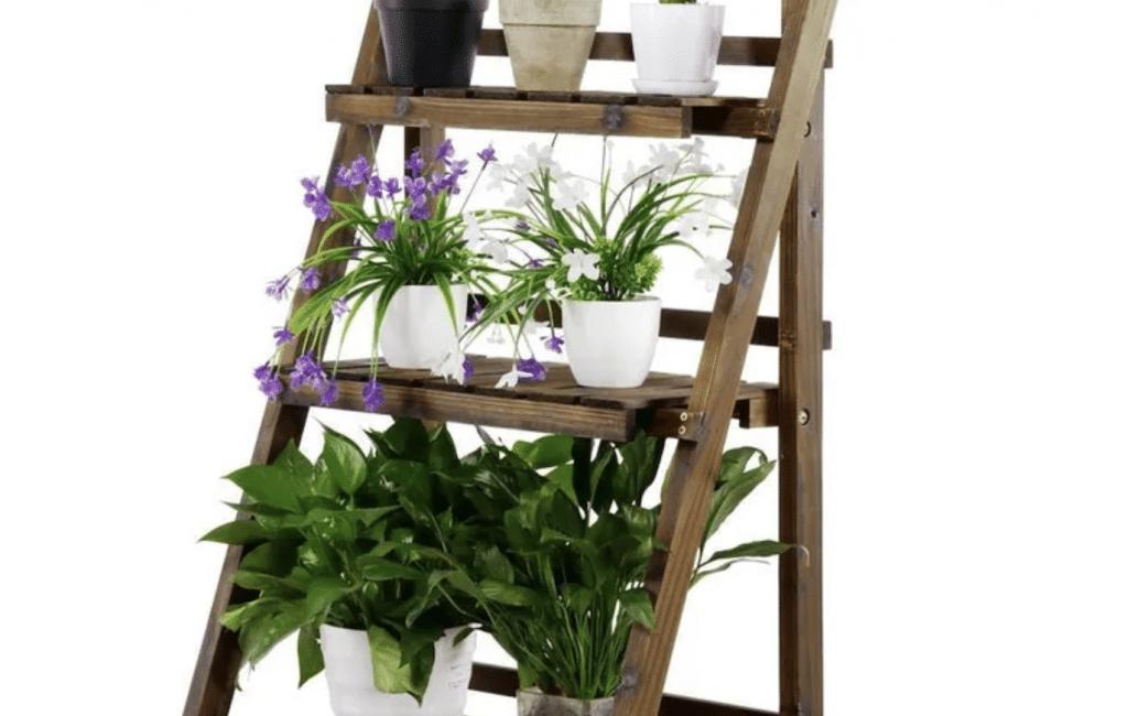 potager vertical sur escabeau petit espace balcon terrasse