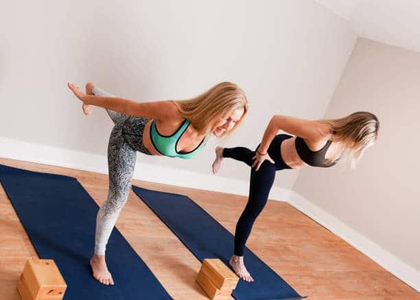 power yoga ashtanga exercice pratique