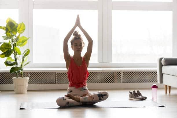 Yin Yoga – Qu'est-ce que c'est, comment et quand le pratiquer ?
