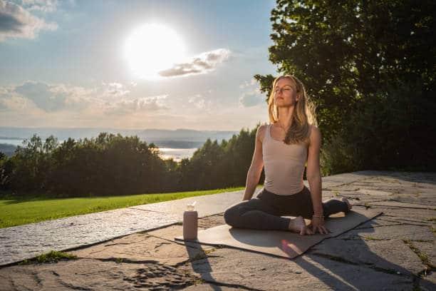 yin yoga énergie du soleil équilibre du yang yoga