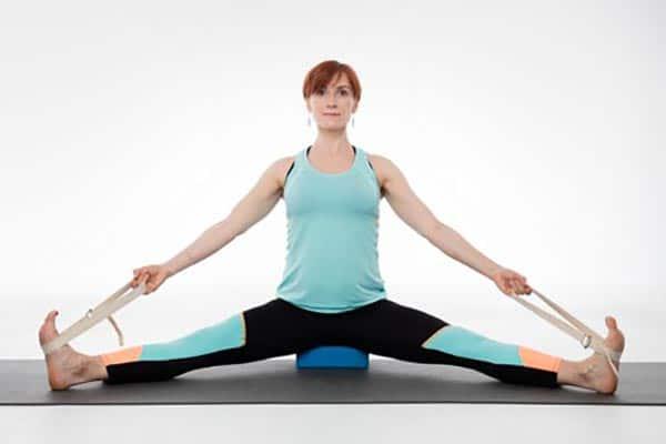yoga femme enceinte Upavistha konasana