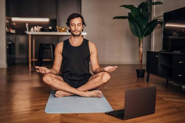 yoga méditation hatha tantra relaxation