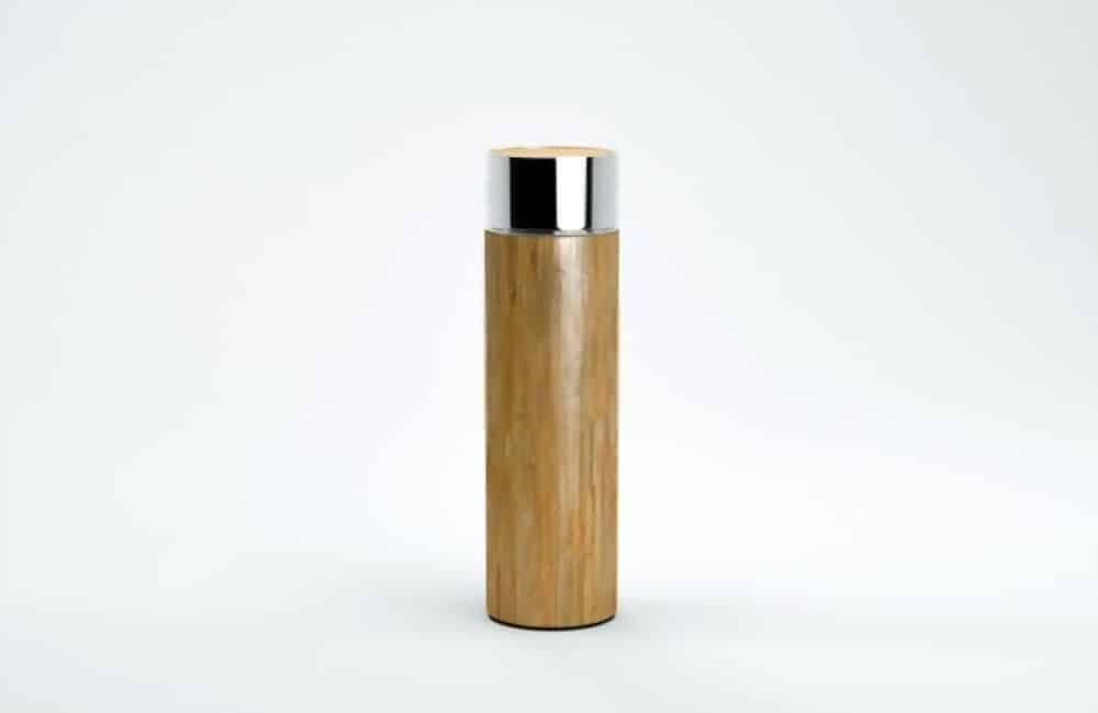 gourde en bambou de forme cylindrique avec capuchon en acier