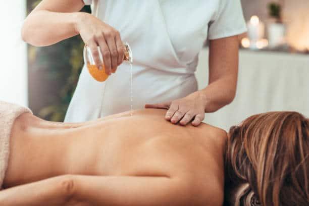 huile massage lomi lomi hawaien kukui, monoi, coco, arbre sacré