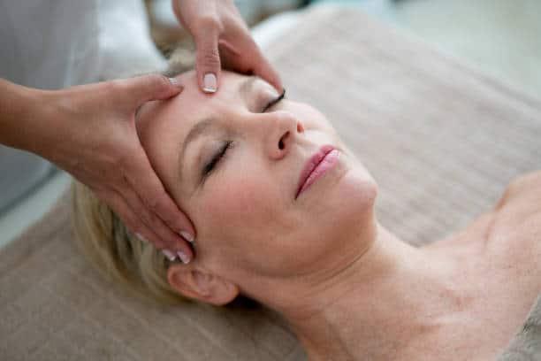 massage japonais kobido soin visage ancestral rajeunissement rides