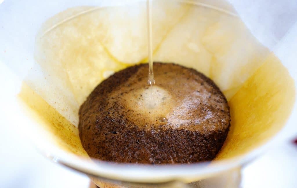 marc de cafe jus déjaunir cheveux