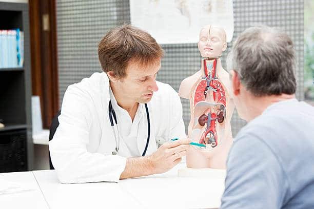 médecin prostate masser organe génital homme point G